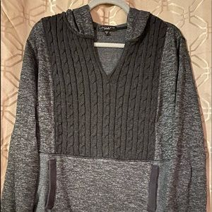 Hooded pullover sweater with pockets